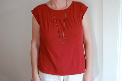 RedKnitTop1a